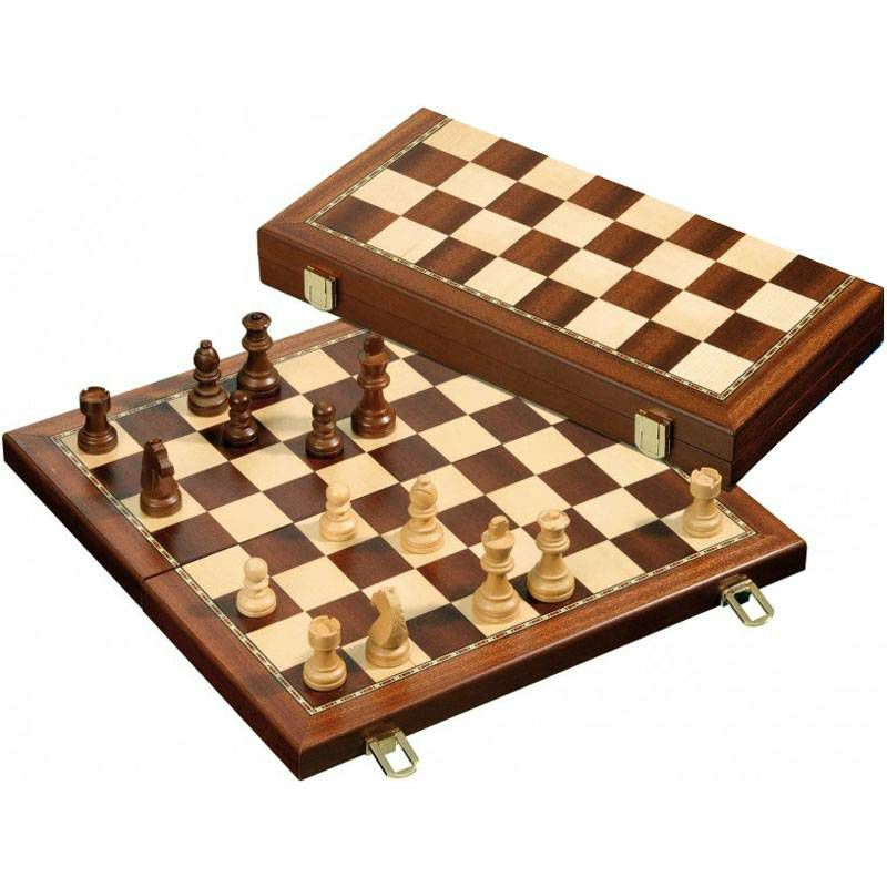 Šah drveni magnetski 40 x 40 cm
